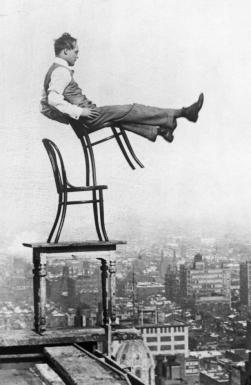 thonet_chair_balance